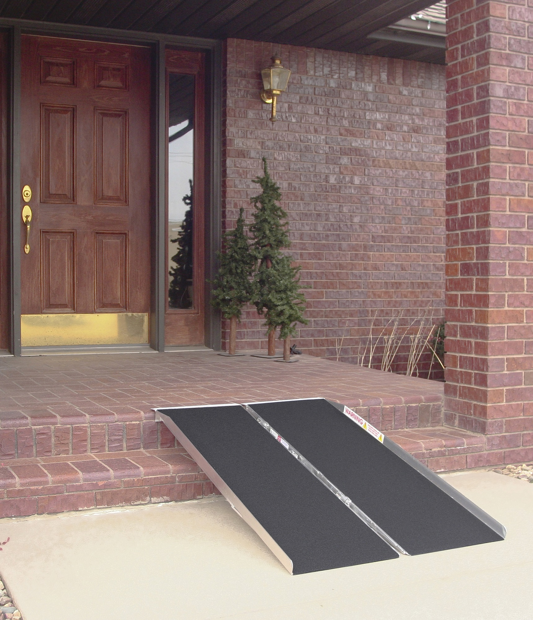Aluminum Singlefold Ramp with Traction Tape
